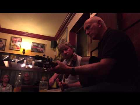 Traditional Irish Music Pub Crawl Dublin