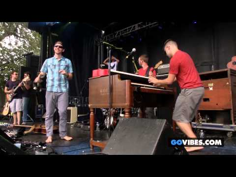 """Barefoot Truth performs """"Reelin' """" at Gathering of the Vibes Music Festival 2014"""