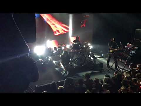 Carpenter Brut - Hairspray Hurricane (Live Boston 4-30-18)