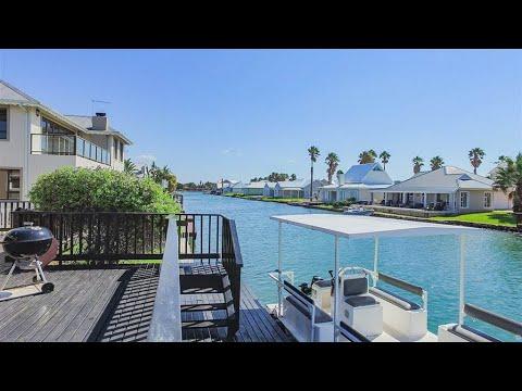 5 Bedroom House for sale in Eastern Cape   Jeffreys Bay To Tsitsikamma   Jeffreys Bay    