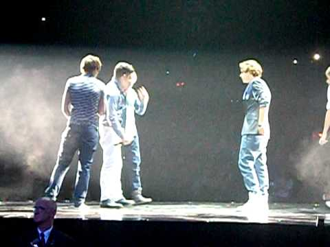 One Direction  My Life Would Suck Without You & Forever Young     XFactor Tour  Glasgow