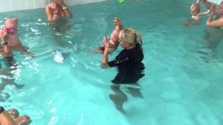 Плавание для детей-Обучение плаванию в бассейне в Минске для детей (Курсы,Секция,занятия)