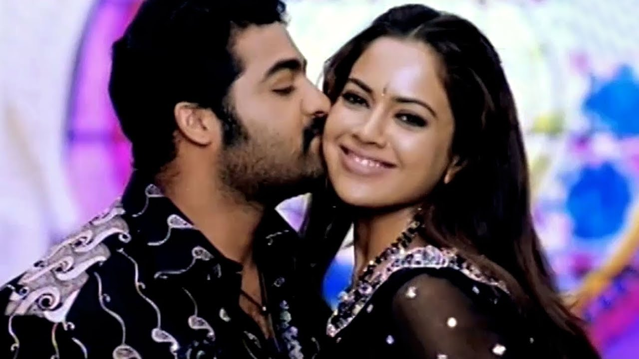 Download Telugu Super Hit Video Song - Gola Gola