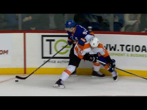 Tavares unstoppable in setting up Islanders OT goal