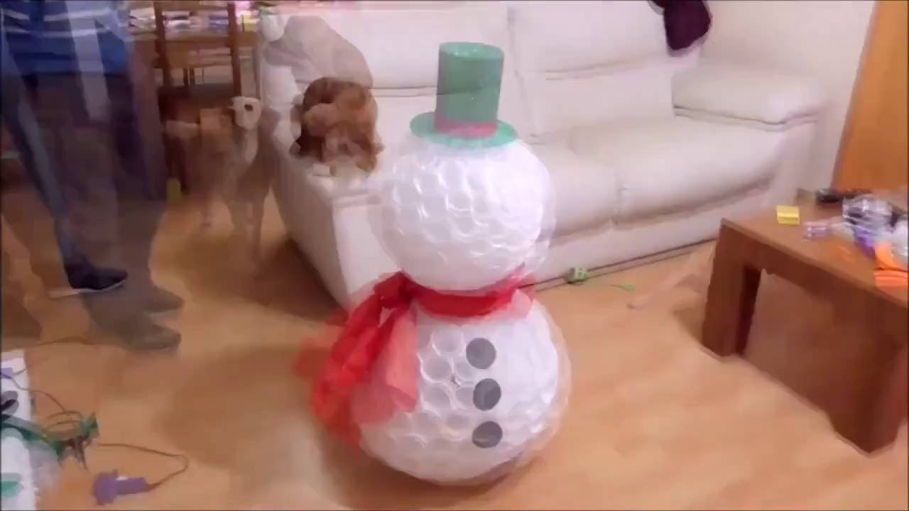 Bonhomme De Neige En Gobelets Plastique Youtube