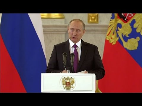 Putin congratulates Trump