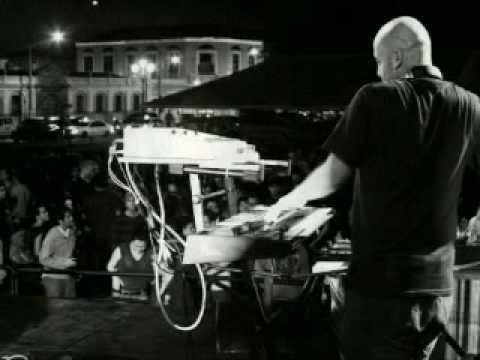 Francis Dávila feat flaminia - lookin´ for love.mpg