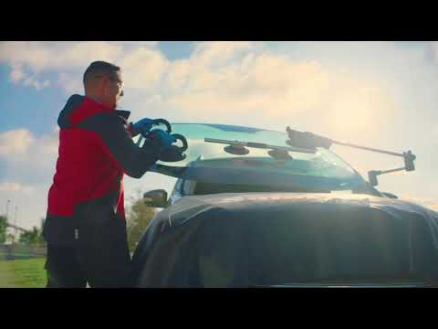 Save Time With Mobile Windshield Repair | Safelite AutoGlass