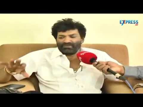 Actor Charan Raj apologizes for entering into Kanipakam temple with gun