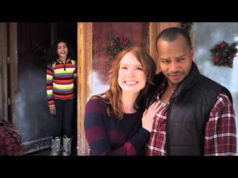A Snow Globe Christmas - Official Trailer