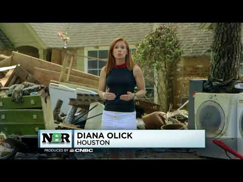 Flooded Houston homeowners face labor shortage