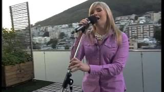 """Andriette Norman performs """"Sewe Oseane"""" live (30 July 2014)"""