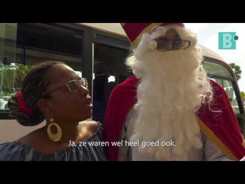 Intocht Sinterklaas Jong Bonaire en Addo's Bookstore, 2016