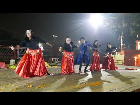 क्लासिकल फ्यूजन नृत्य-LASYA स्कूल आफ डांस के  कलाकारों द्वारा  वाराणसी के शास्त्री घाट पर माँ वरूणा