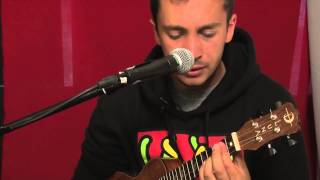 Twenty One Pilots - Holding On To You (Live)