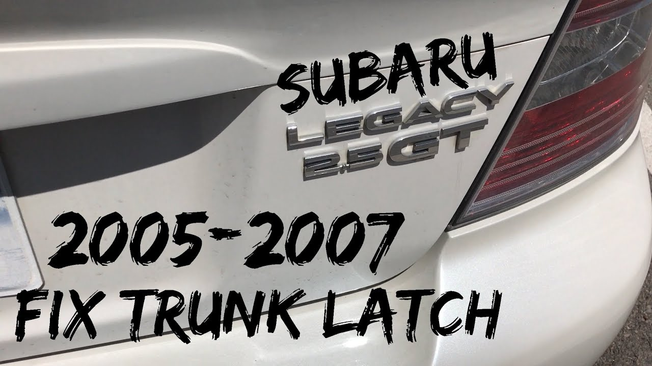 Subaru Legacy: To lock and unlock the trunk lid opener switch
