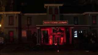 Дом ужасов Ночной Парк Горького Харьков House of Horrors Night Gorky Park Kharkov(, 2013-10-16T05:32:12.000Z)