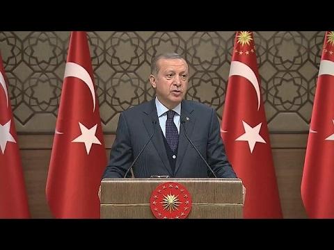 Erdogan bedreigt ons weer