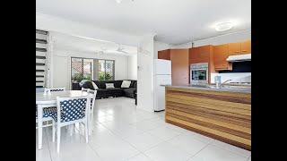 Robina - Townhouse With Massive North Facing  ...
