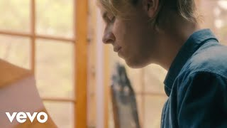 Tom Odell - Grow Old with Me (Official Video) thumbnail