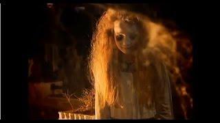 Pegadinha do ano Menina fantasma no cemitério !!!!