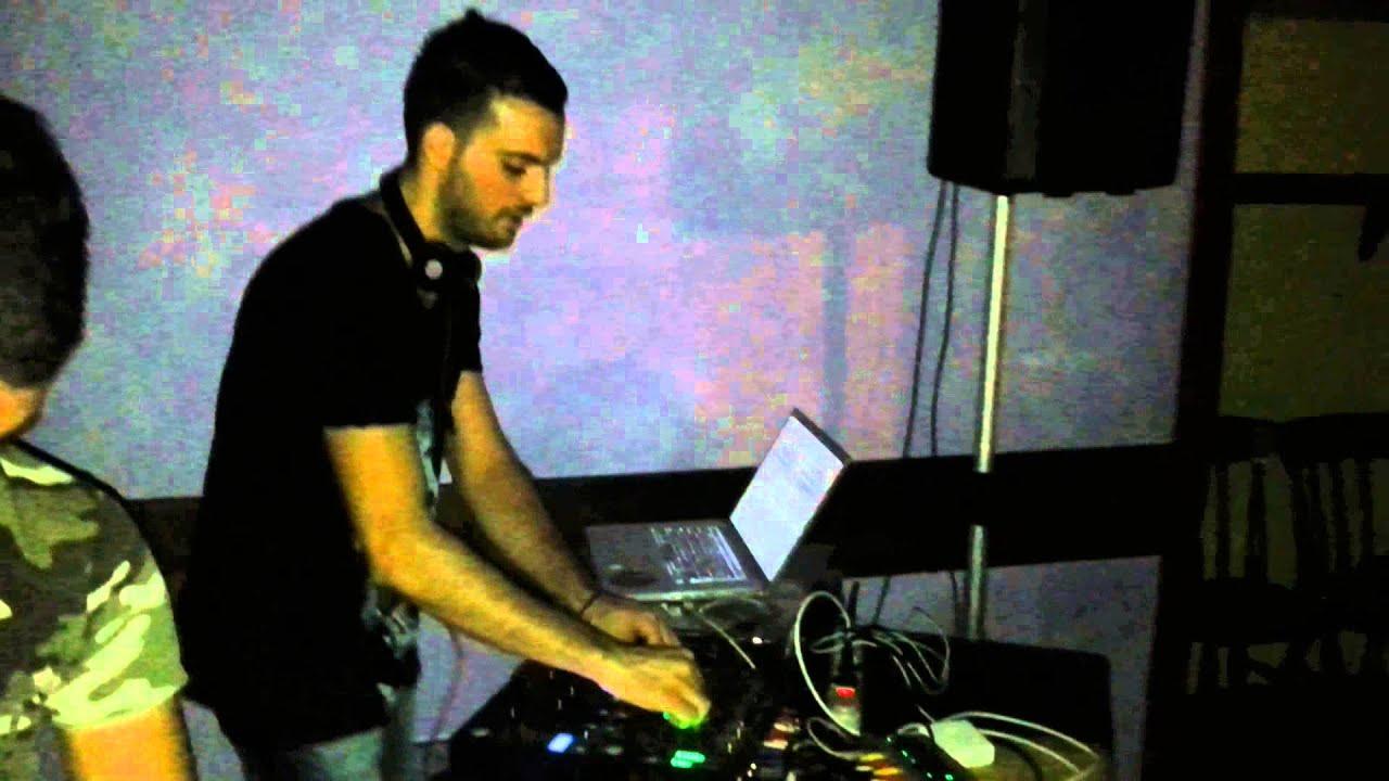 "Download Mirko Gruw Frequency Plays ""Crazy - Philip Bader"" @Mulino (VB)"