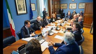 Che Cos'e' il COPASIR a cui deve riferire il Presidente del Consiglio Italiano Conte?