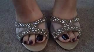 MATURE BARE FEET IN KITTEN HEELED MULES