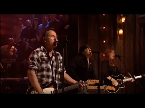 Bruce Springsteen & The ESB ☜❤☞ We Take Care of Our Own / Wrecking Ball