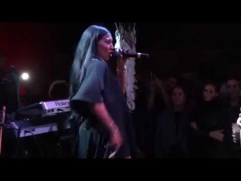Melanie Fiona - Medley (Reggae/Ragga) {Live@Bizz'Art, Paris, September,14th 2015}