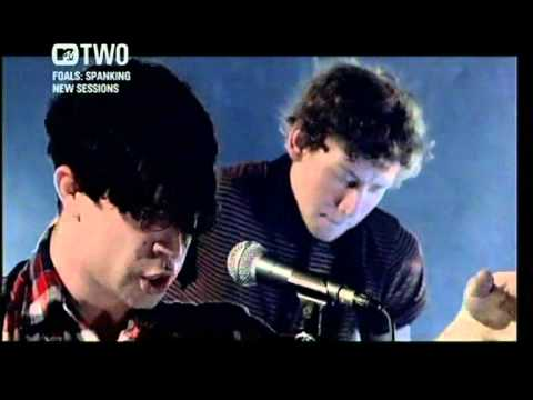 Foals  - Olympic Airways (spanking new sessions MTV2)