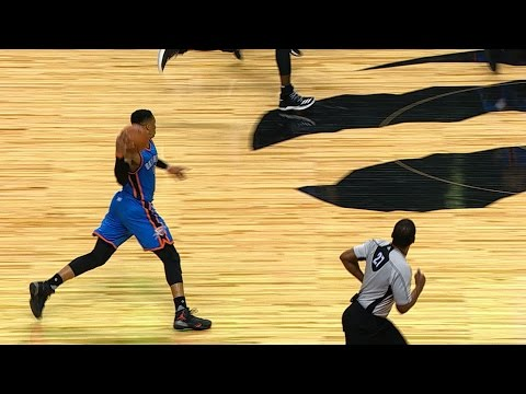 Russell Westbrook BETWEEN THE LEGS Cross Court Pass in Toronto! | March 16, 2017