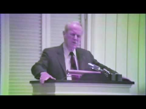 """Dr. S. Lewis Johnson 1 Corinthians 2:1-5  """"Point of Reference -- the Cross"""""""
