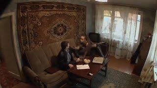 Участковый попал в ловушку на квартире заявительницы, жена в панике. Соблазны