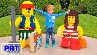 Parque infantil ao ar livre para crianças Parque de diversões Divertimento divertido com Vlad e Niki