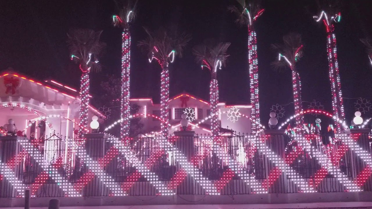 Fred Loya Light Show 2020.Fred Loya Christmas Light Show 2017