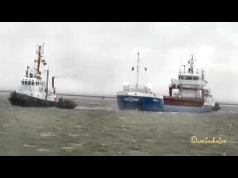 Havarist HEINZ G V2OE2 IMO 9536521 Salvage by tugs Bergung Emden Germany 10 Bft