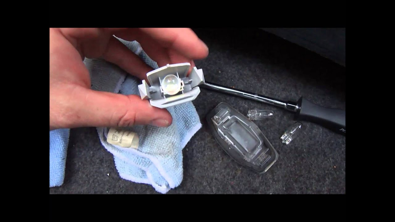 2008 8th Gen Honda Accord Diy Replacing Rear License