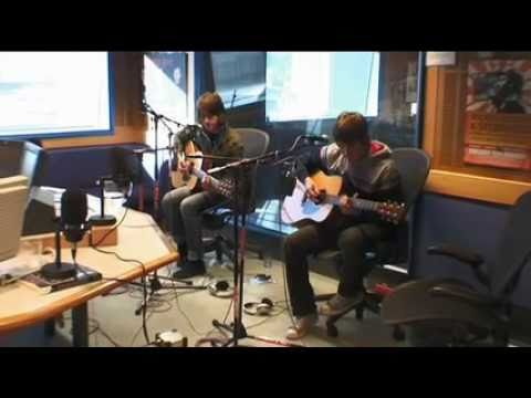 Arctic Monkeys video diary 06 - Melbourne day One Mp3