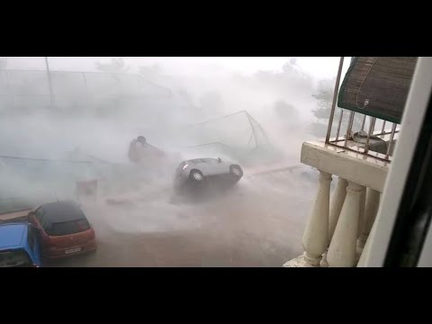 cyclone vardah in Chennai December  2016  (natural disaster) - INDIAN ALPHA