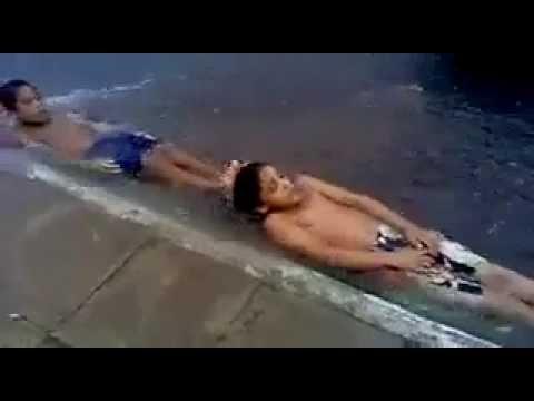 Urban Water Slide: Kids In Brazil Create A Water Slide From A Street Gutter (VIDEO)