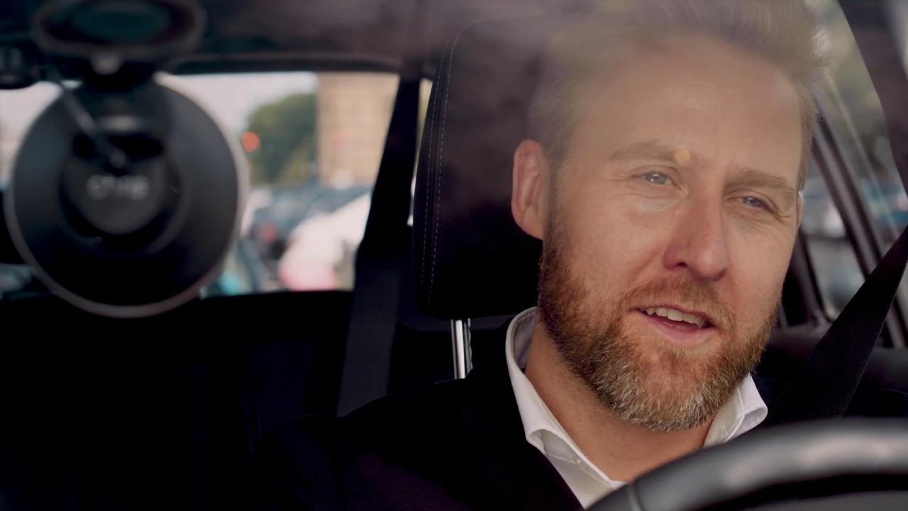 Video: Chris - der Sprachassistent für Autofahrer | IFA 2018