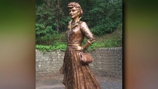 """New Lucille Balle Statue created after """"Scary Lucy"""" outcry"""
