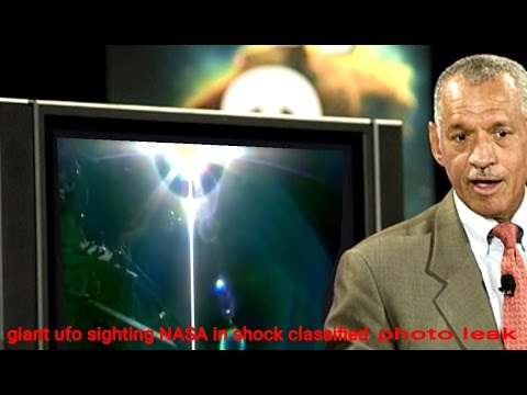 Giant UFO NASA in shock leaked video ISS live ufo feed