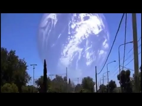 Inter-dimensional Vortex Briefly Appears Above Sacramento, California? (Explained) 2017