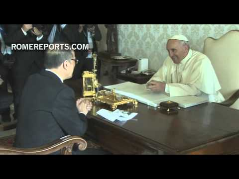 Pope meets with president of Philippines in the Vatican