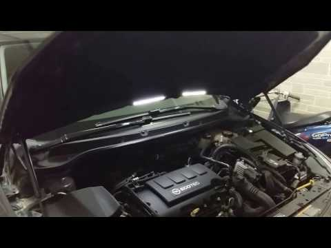 Амортизаторы капота Opel Astra J