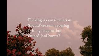 Gabbie Hanna  - Bad Karma Lyrics