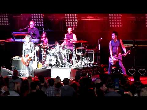 "Joan Jett - ""Light Of Day"" - Live 06-01-2018 - Concord Pavilion - Concord, CA"