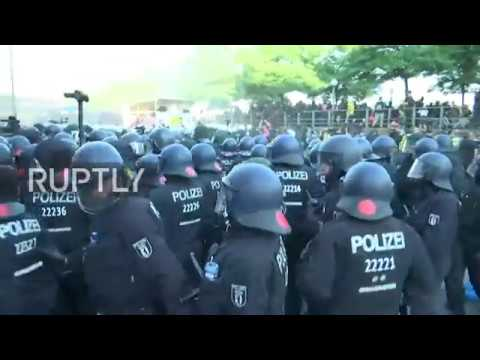 Germany: Protesters clash with Hamburg riot police on eve of G20 Summit